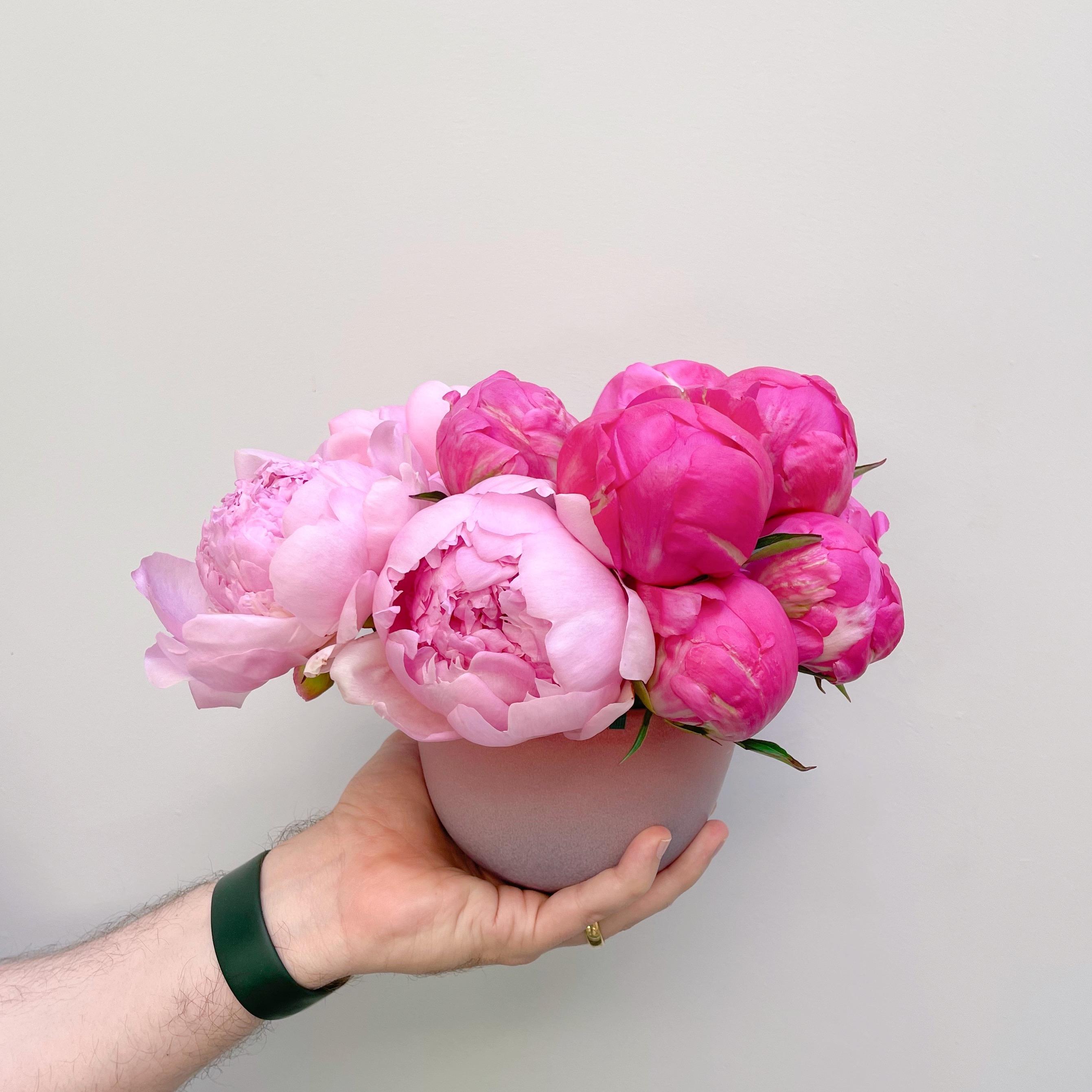 All peonies vase arrangment